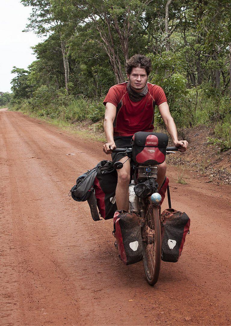Anderswo. Allein in Afrika (Filmbild 2)