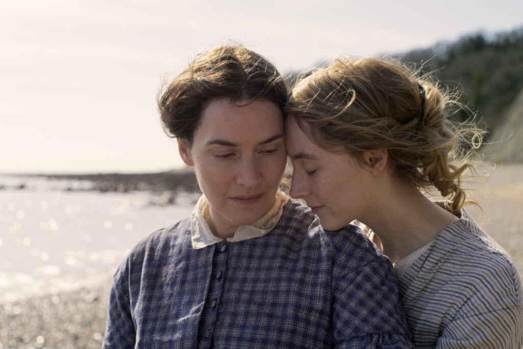 """Kate Winslet und Saoirse Ronan in """"Ammonite"""""""